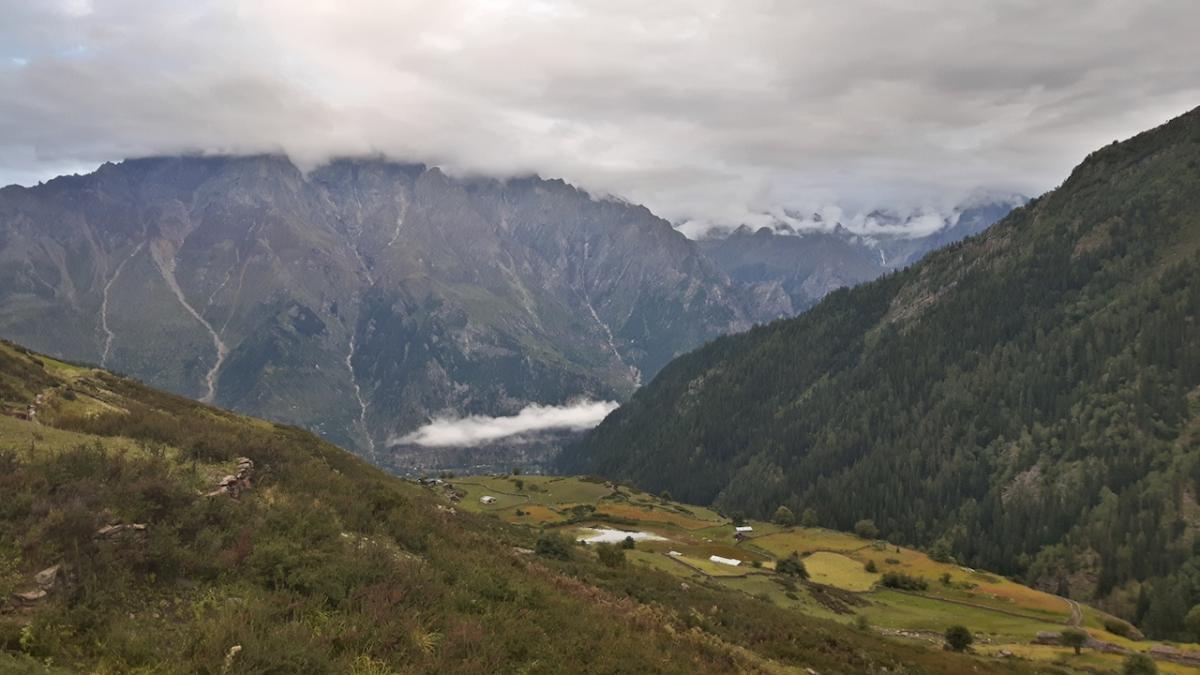 Widok z hal na dolinę Baspa. Fot. T. Solecki