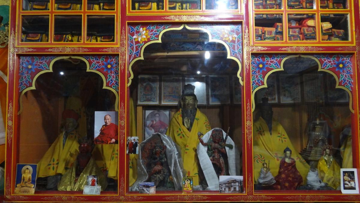 Keylong i okolice: Kardang Gompa, klasztor buddyjski mnichów i mniszek, jedyny na świecie stary klasztor koedukacyjny
