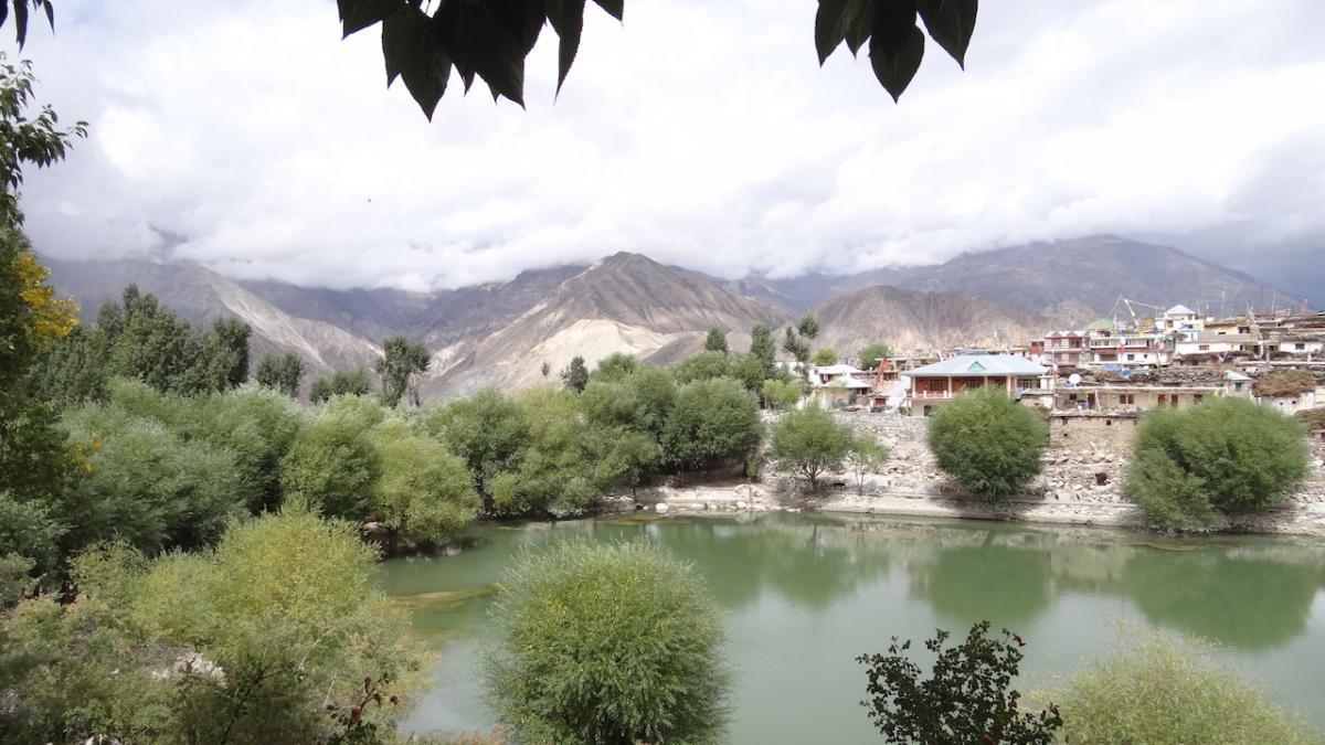 Nako: Święte Jezioro i osada tybetańskich Bhotów (Bodhów)