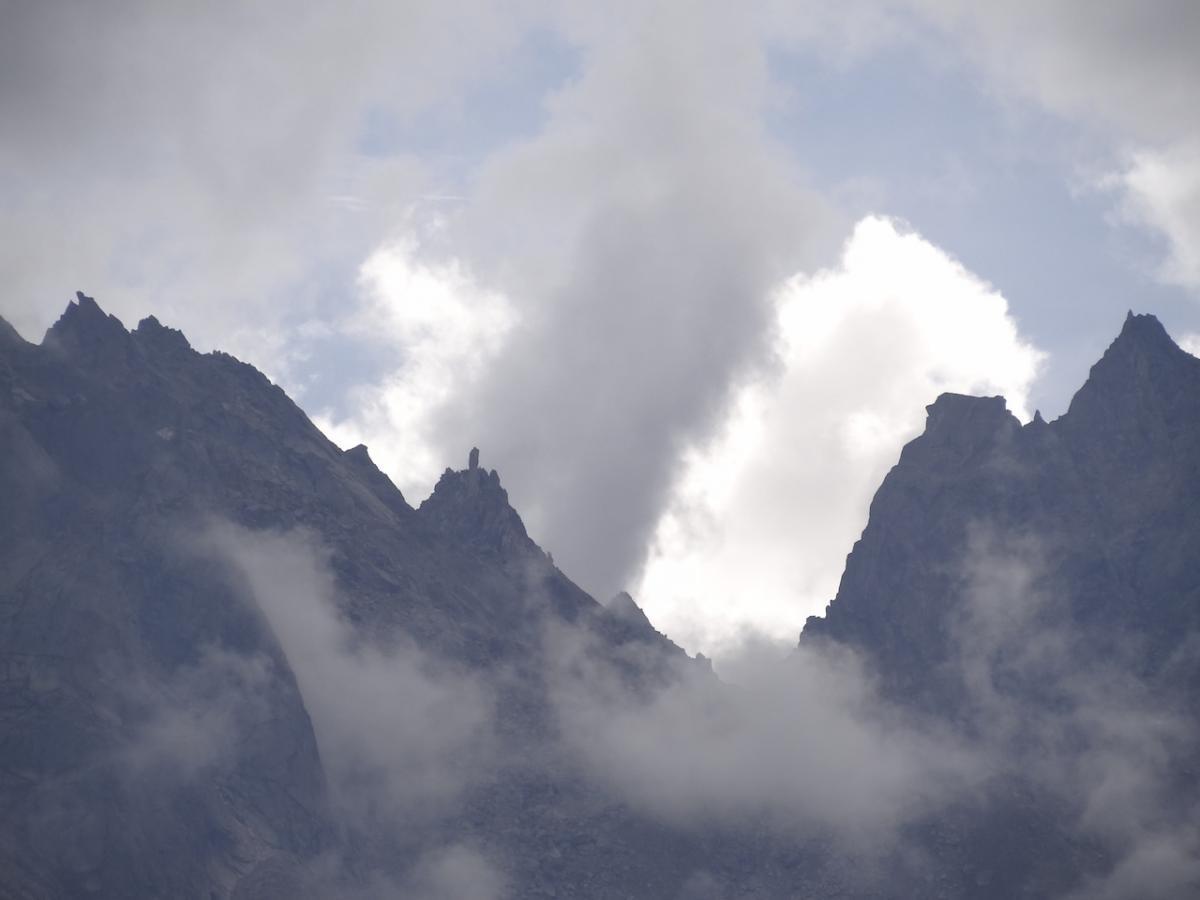 Kalpa: widok na kinnaurską Kajlasę