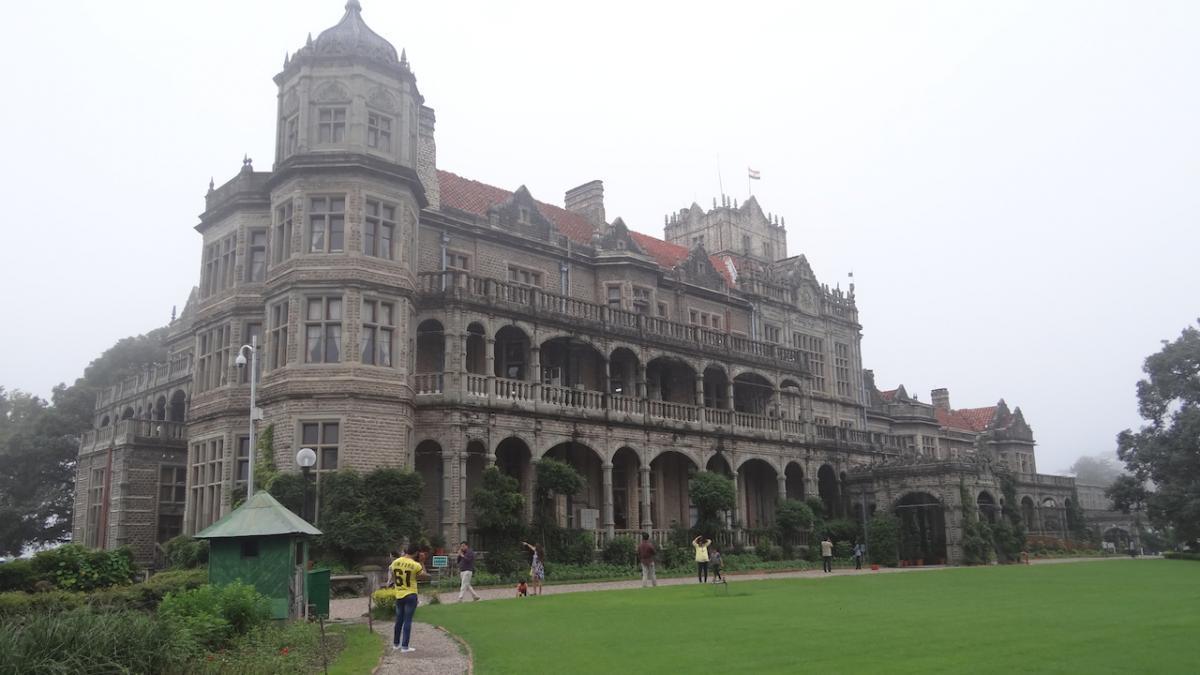 Shimla: Institute of Advanced Studies. Dawniej pałac wicekróla Wielkiej Brytanii. Tu podpisany został dokument niepodległości Indii dnia 15 sierpnia 1947 roku