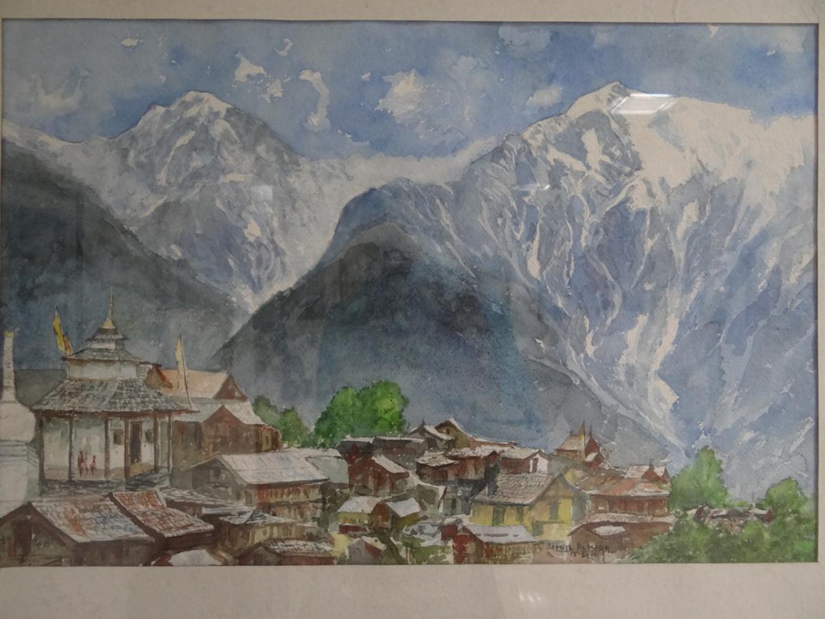 Kalpa: Shimla National Museum. Malowidło Samuala Masiha. W tle widać w chmurach masyw Kajlasy Kinnaurskiej